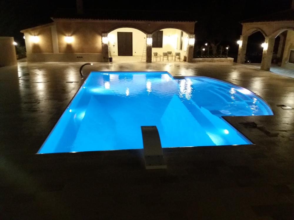 costruzione piscina personalizzata